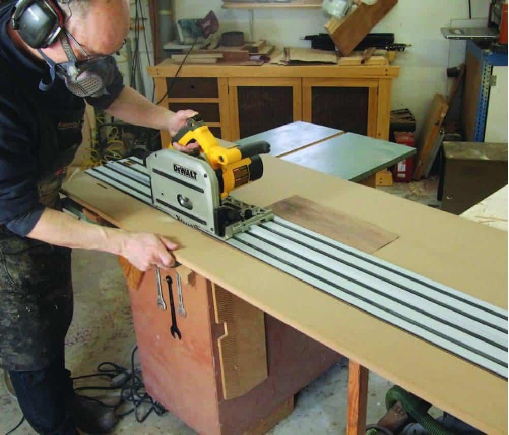 Make a veneer-cutting jig