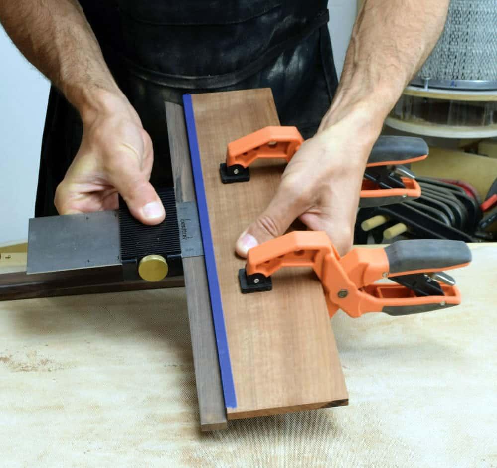 Glue the edges