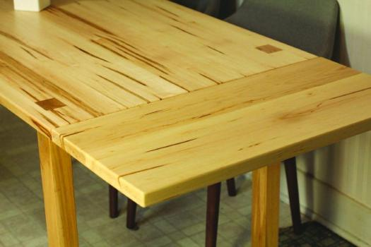 Kitchen-table-brown